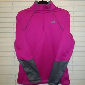 The North Face motivation 1/2 Zip long sleeve